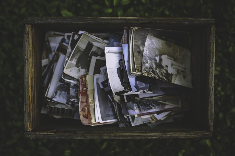 Dlaczego warto tworzyć filmiki ze starych zdjęć i filmów?
